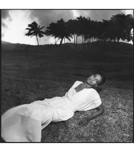 That's Princesse Mounia of Martinique 1984 © Guy Bourdin