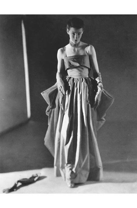 Wenda Parkisnon, 1948 © Norman Perkinson