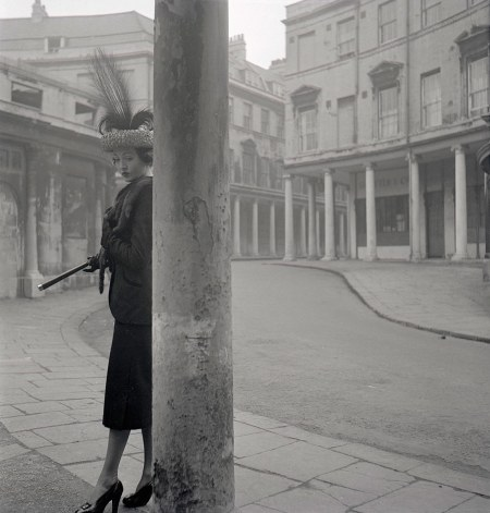 A Spring Hat and the City of Bath series, British Vogue, February - 1948 © Norman Parkinson