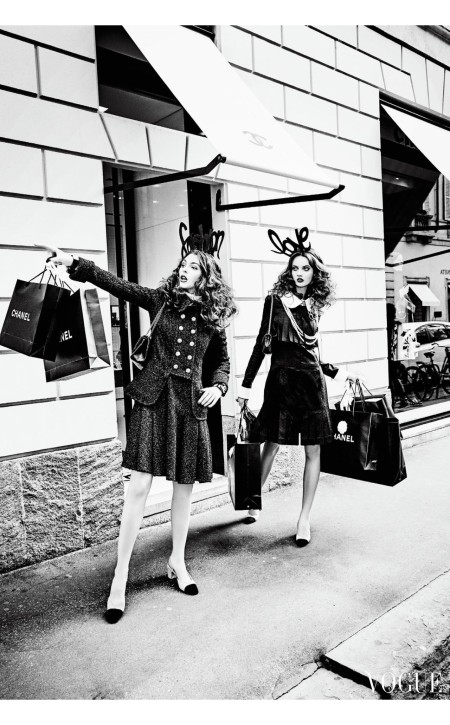 Anna Grostina and Vittoria Ceretti by Ellen von Unwerth for Vogue Japan September 2015