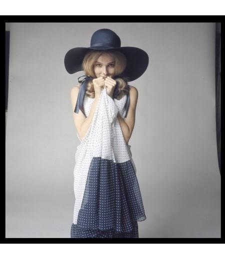Avenue juli 1969, Martine Bijl