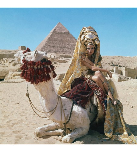 Baronne van Zuylen wearing a gold turban on a camel Aug 1965 © Leombruno-Bodi