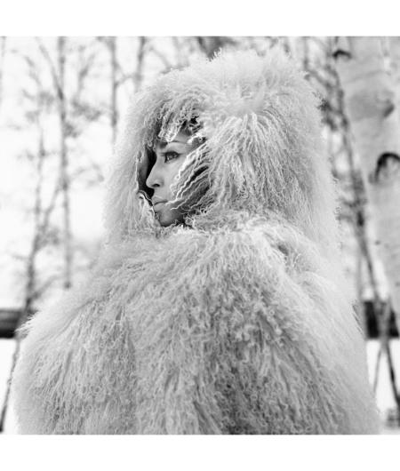 China Machado Saint Donat Quebec March 1962 coat George kaplan © Richard Avedon