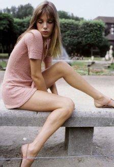 Jane Birkin en 1974, à Paris, France . (Photo by Giancarlo BOTTI:Gamma-Rapho via Getty Images)bb b1