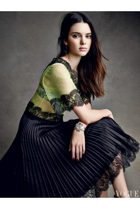 Kendall Jenner Vogue, December 2014 © Patrick Demarchelier b