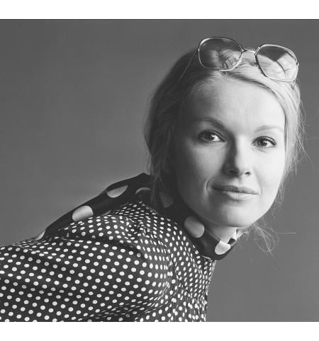 Martine Bijl,1976