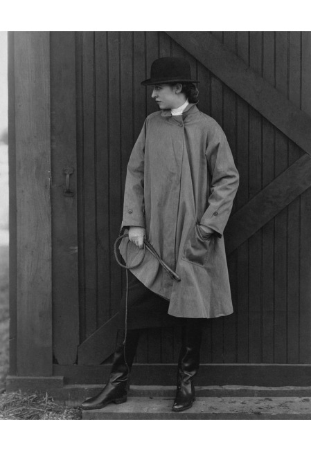 Model Marion Morehouse wearing a mackintosh jacket with a bowler hat may - 1927 © Edward Steichen