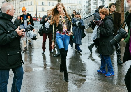 Ondria Hardin-paris-street-style-phil-oh-day-1