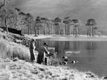 'Painters at the bank of Lake Buttermere, Photograph, England, Feb, 2nd 1938'