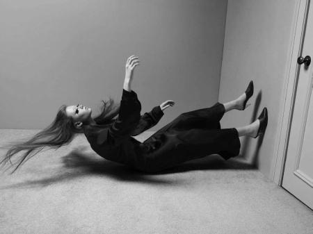 Sara Grace Wallerstedt, Vogue-Italia-April-2017-Mert-Alas-Marcus-Piggott-Visual+Atelier+8-7