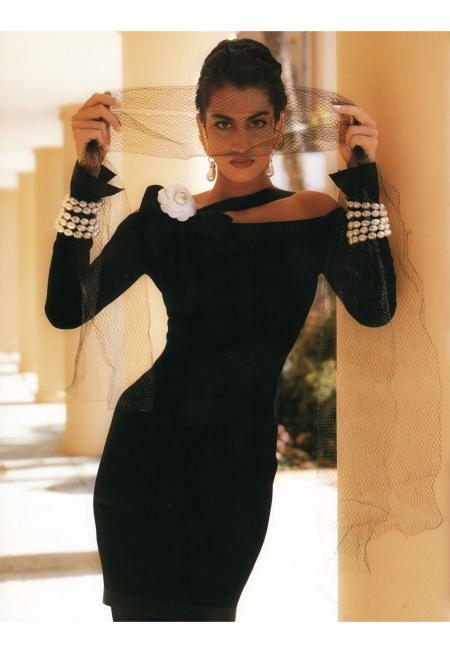 Yasmeen Ghauri © Karl Lagerfeld F:W 1990:91 Chanel gh