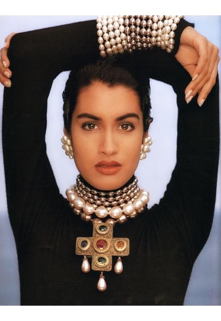 Yasmeen Ghauri © Karl Lagerfeld F:W 1990:91 Chanel top