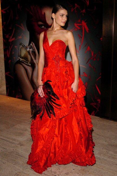 Eugenia Volodina attends Valentino Fragrance Launch 'Valentino V' at the Four Seasons in New York at Four Seasons Restaurant on May 19, 2005 in New York City (Photo by Billy Farrell:Patr