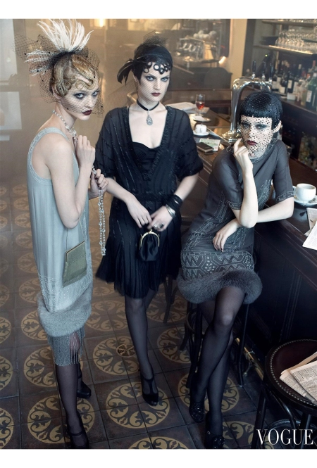 "Guinevere Van Seenus & Coco Rocha Sasha Pivovarova Agyness Deyn Carolin Trentini ""Paris, je t_aime"" Vogue US September 2007 © Steven Meisel b"