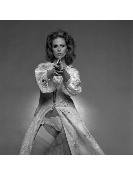 Joanna Lumley. (Photo by Terry O'Neill:Getty Images) 1976