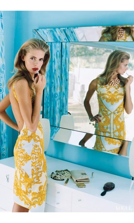 Julia Stegner - Palm Springs Vogue Uk May 2004 © Arthur Elgort