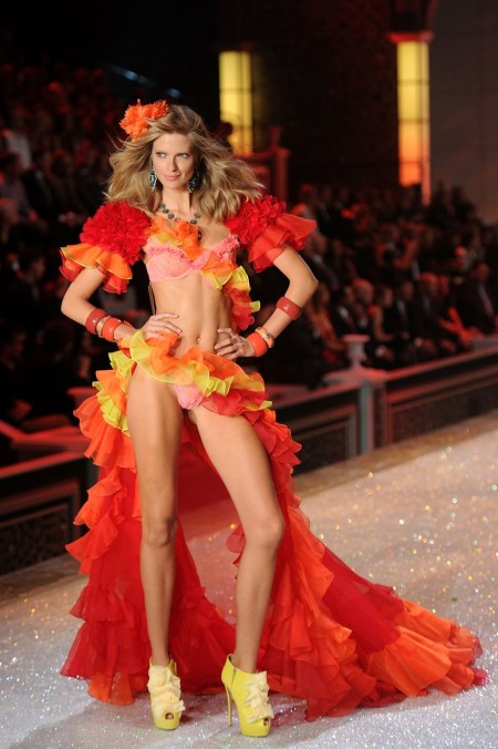 Julia Stegner walks the runway during the 2011 Victoria's Secret Fashion Show at the Lexington Avenue Armory on November 9, 2011 in New York City. (Photo by Michael Stewart:Getty Images)