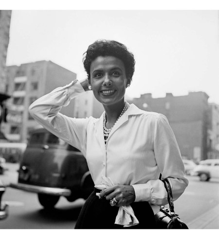 Lena Horne, New York, Sept. 30, 1954 © Vivian Maier