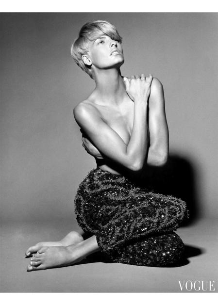 Linda Evangelista for Vogue Italy, January 1991 © Steven Meisel b