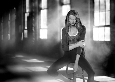 Maud Welzen Calvin Klein Performance Spring 2016 © Boo George1