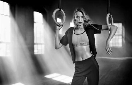 Maud Welzen Calvin Klein Performance Spring 2016 © Boo George2
