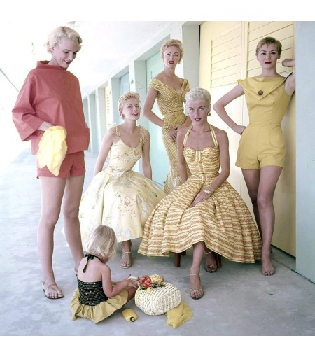 One of the few color outtakes from the March 14, 1955 fashion feature MIAMI MOVES UP IN STYLE © Nina Leen