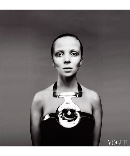 Penelope Tree Vogue march 1968 © Richard Avedon