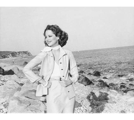 Rosie Vela wearing a shantung jacket on a beach nov 1975
