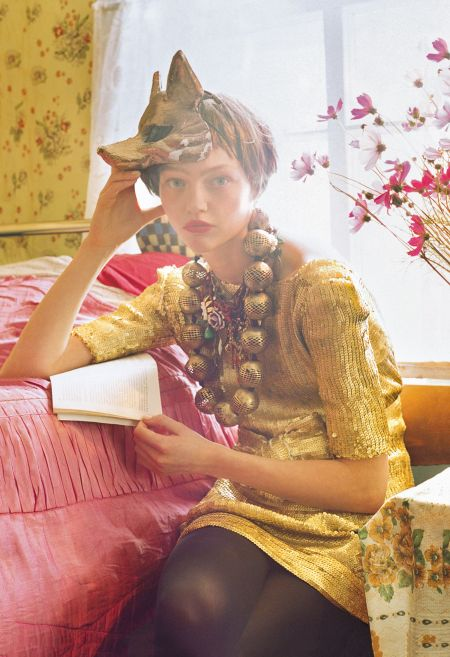 Sasha Pivovarova British Vogue January 2007 © Tim Walker