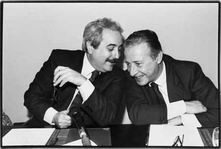 I GIUDICI GIOVANNI FALCONE E PAOLO BORSELLINO, PALERMO, 1992 © Tony Gentile