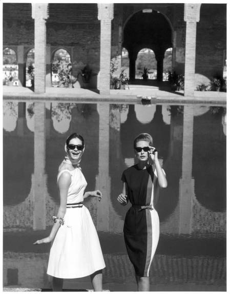 Models at The Alhambra Palace in Granada City, Spain, May 1962 © Henry Clarke